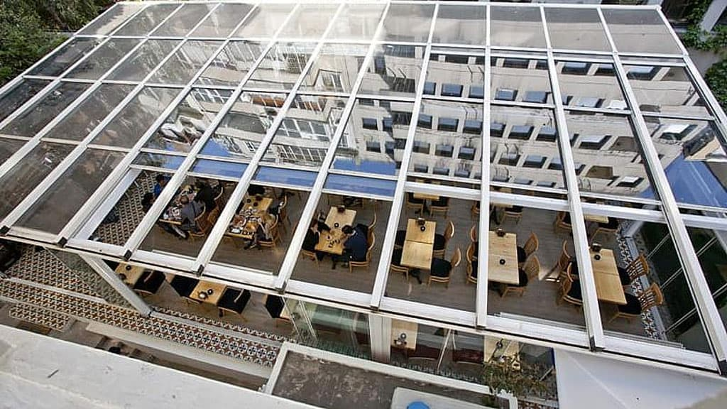 سقف شیشه ای مکانیکی
