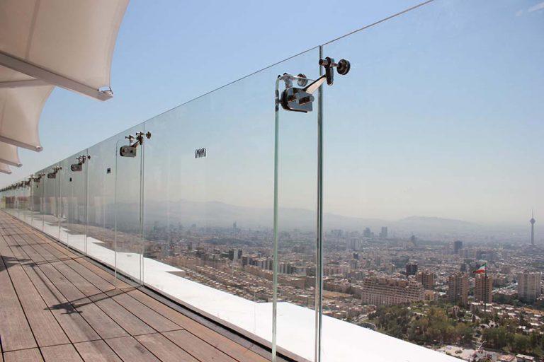 هتل اسپیناس پلاس - نمای شیشه ای اسپایدر - نمای اسپایدر