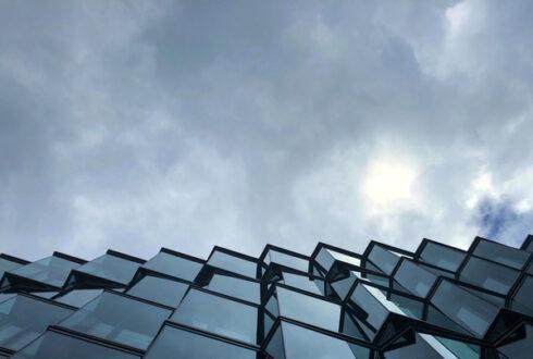 بررسی مناسب ترین نمای کرتین وال شیشه ای نیمه قاب دار (Semi Frame) در کشور