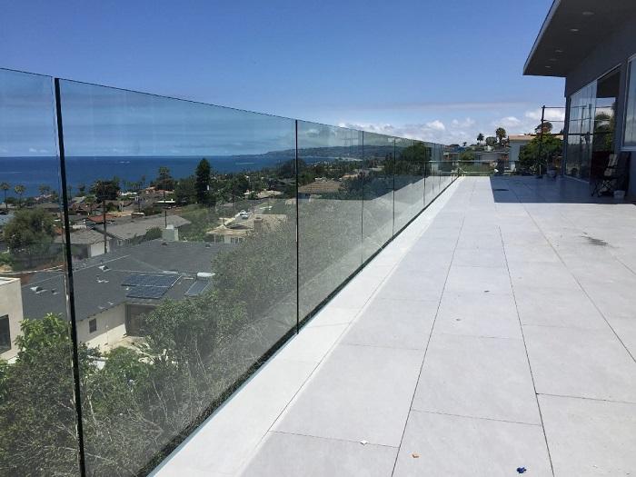 نرده شیشه ای - سیستم نرده ای شیشه ای