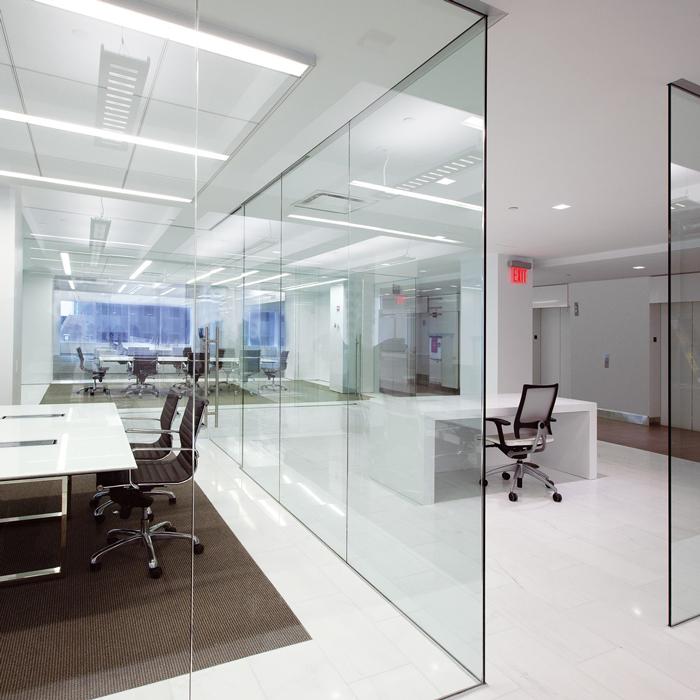 نقش شیشه در ساختمان و انواع نمای شیشه ای