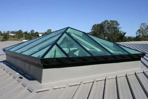 کاربرد انواع اسکای لایت نمای شیشه ای مدرن