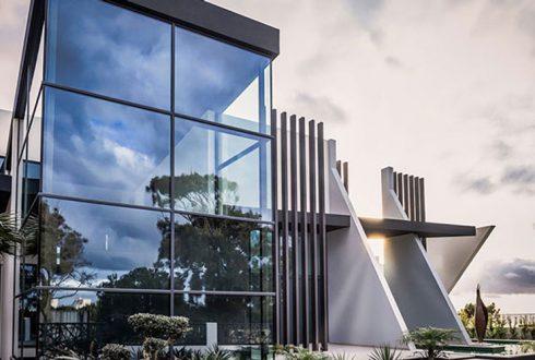 انتخاب نمای کرتین وال curtain wall برای ساختمان های تجاری معروف